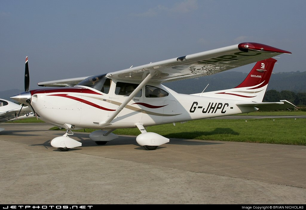 G-JHPC - Cessna 182T Skylane - Private