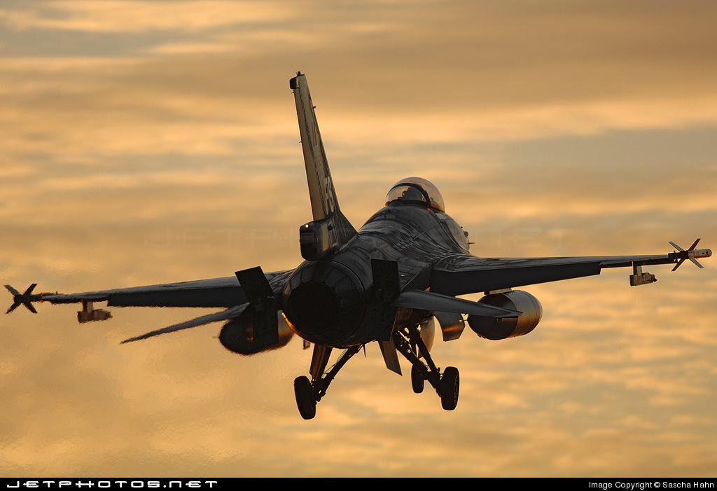 FA-120 - General Dynamics F-16AM Fighting Falcon - Belgium - Air Force