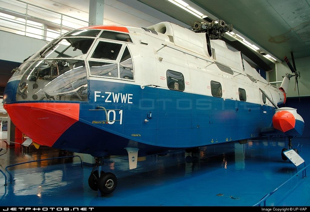 01 - Aérospatiale SA 321 Super Frelon - France - Air Force