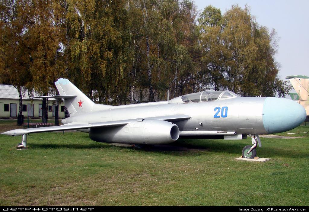 20 - Yakovlev Yak-25 Mandrake - Soviet Union - Air Force
