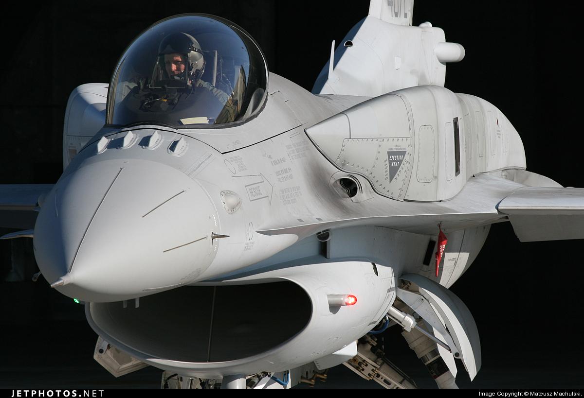 4072 - Lockheed Martin F-16C Fighting Falcon - Poland - Air Force