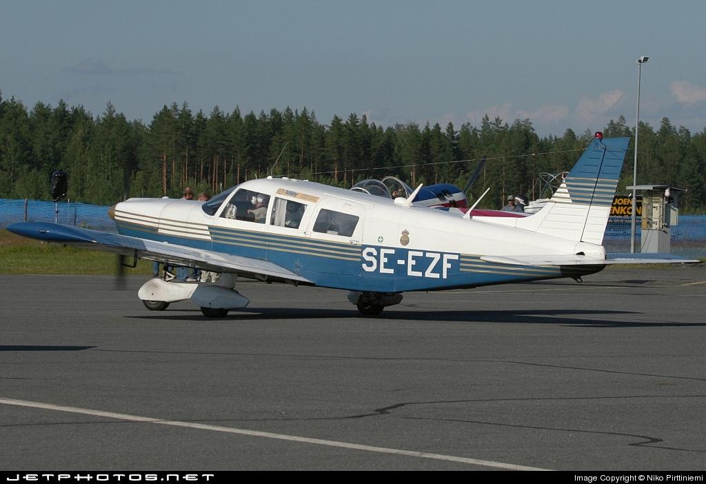 SE-EZF - Piper PA-32-260 Cherokee Six - Private