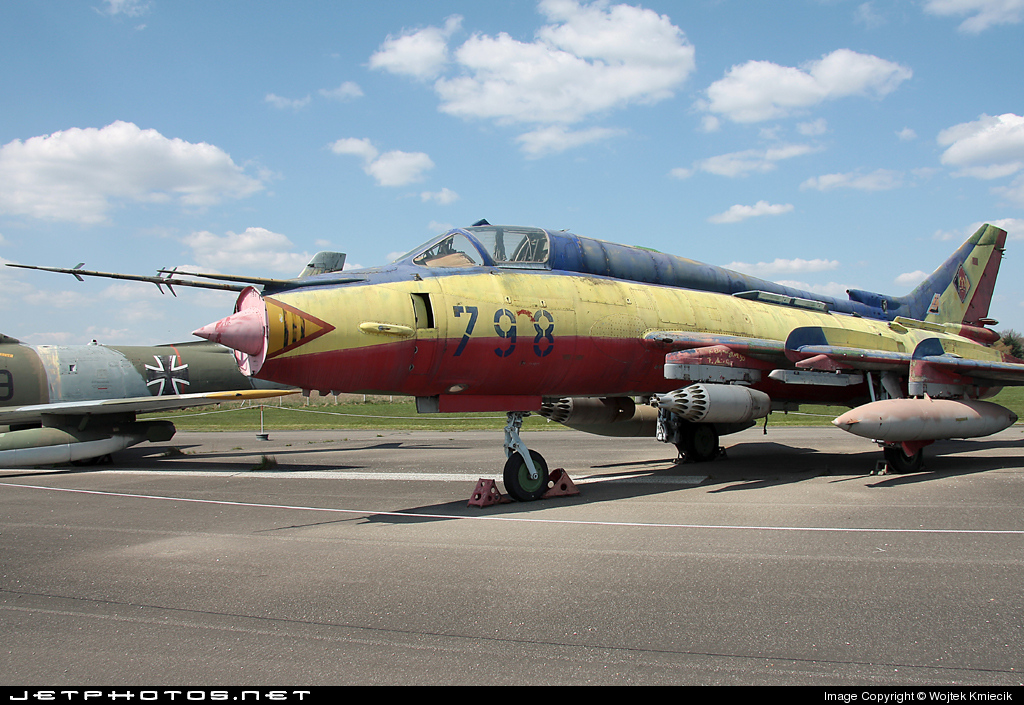 798 - Sukhoi Su-22M4 Fitter K - German Democratic Republic - Air Force