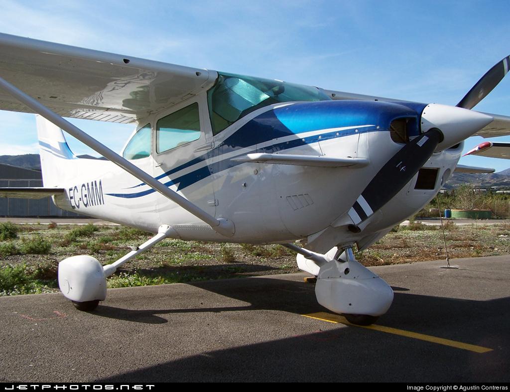 EC-GMM - Cessna 182P Skylane - Aerodynamics Málaga