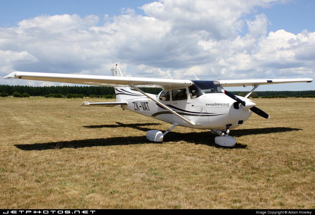 ZK-VAT - Cessna 172R Skyhawk II - Ardmore Flying School