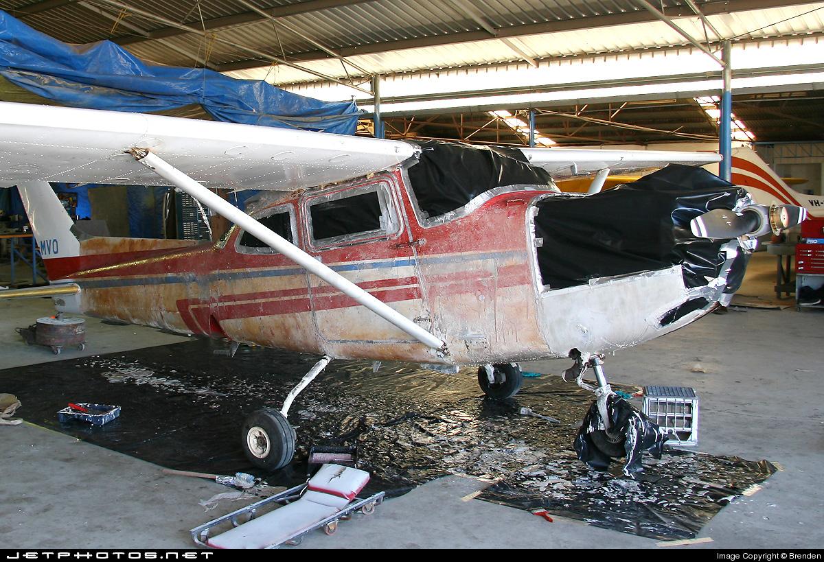 VH-MVQ - Cessna 172RG Cutlass RG II - Private
