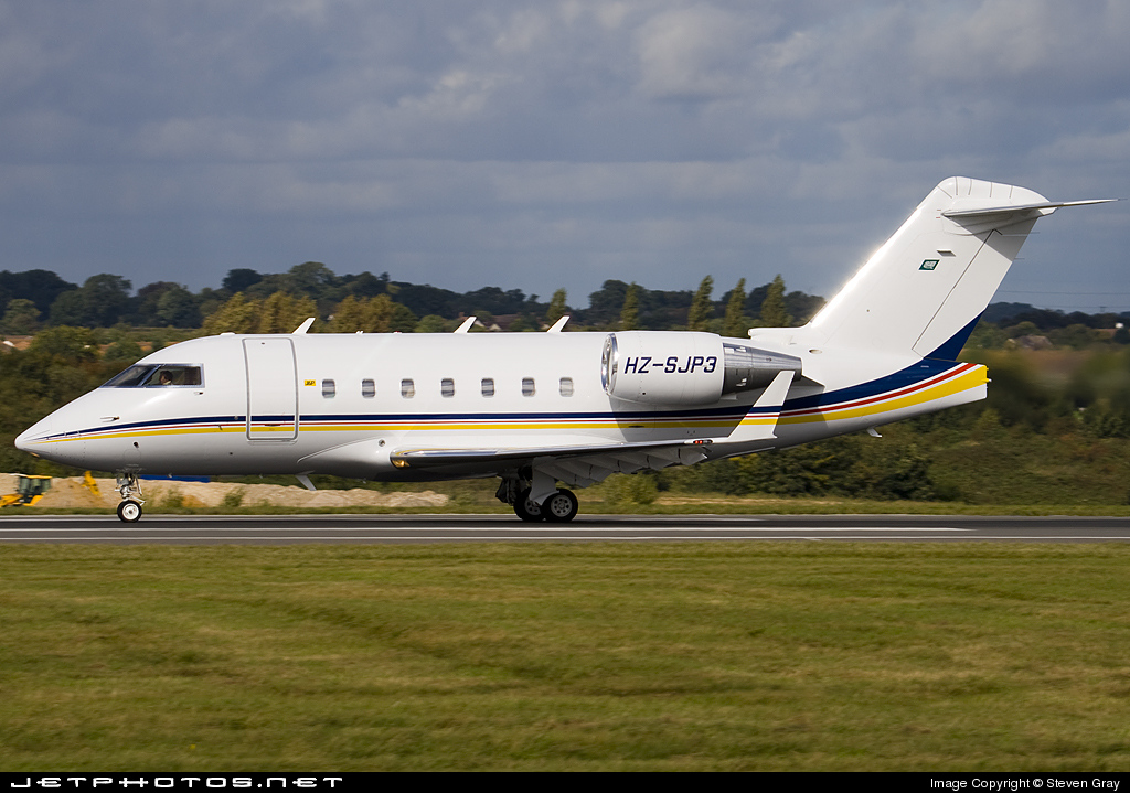 HZ-SJP3 - Bombardier CL-600-2B16 Challenger 604 - Private