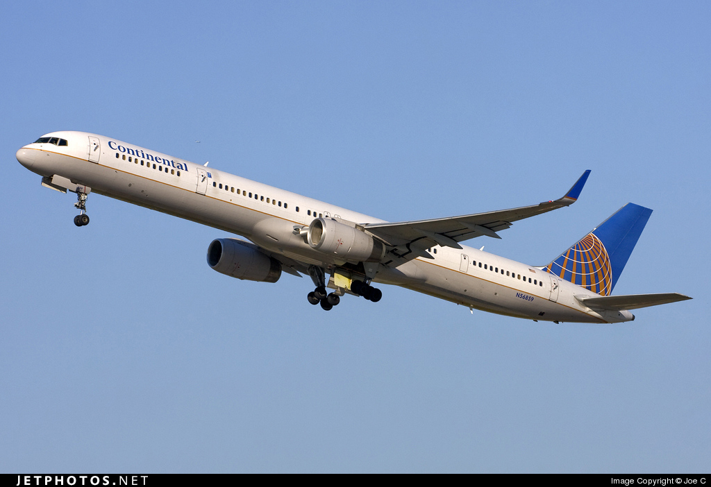 N56859 - Boeing 757-324 - Continental Airlines