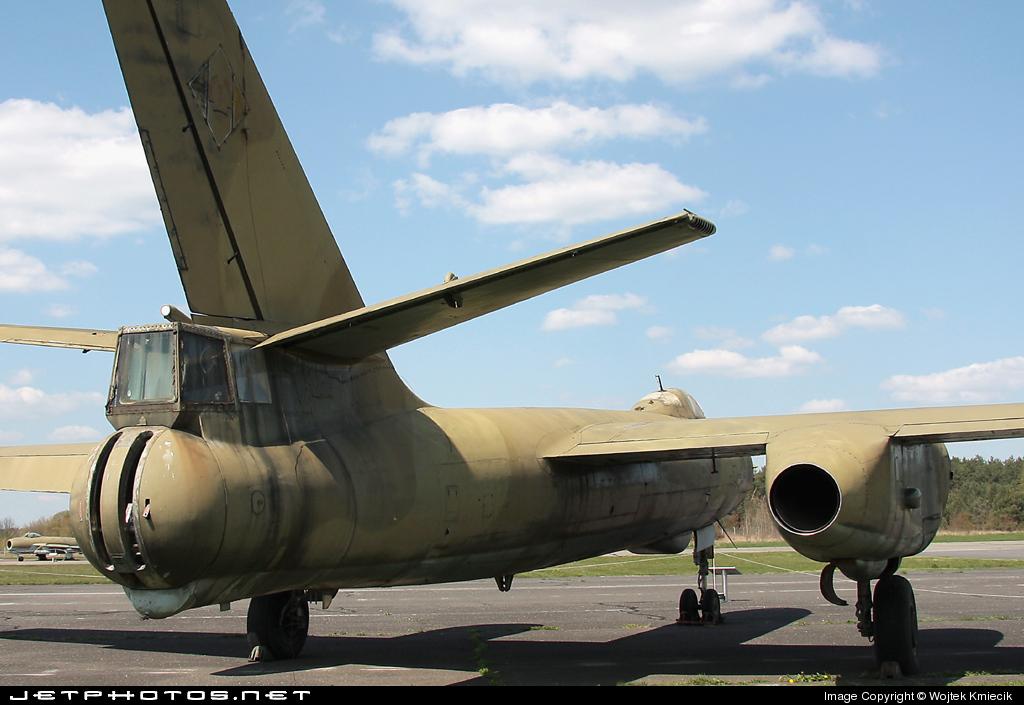 208 - Ilyushin IL-28B Beagle - German Democratic Republic - Air Force