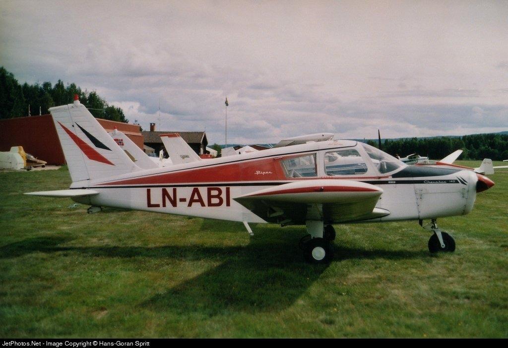 LN-ABI - Piper PA-28-140 Cherokee - Private