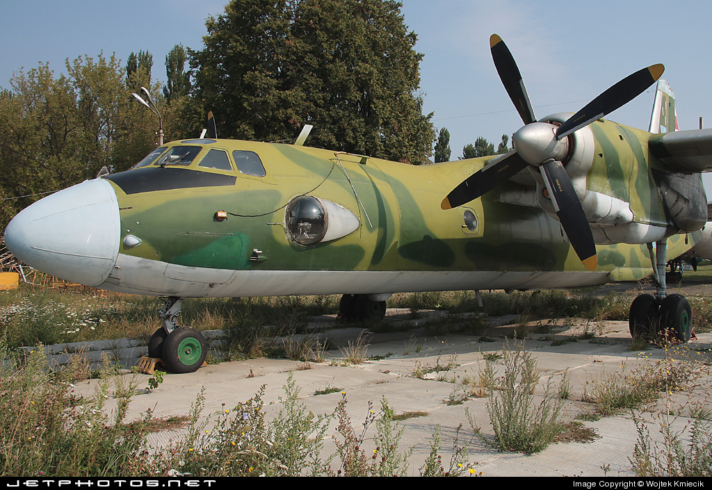 22 - Antonov An-26 - Ukraine - Air Force
