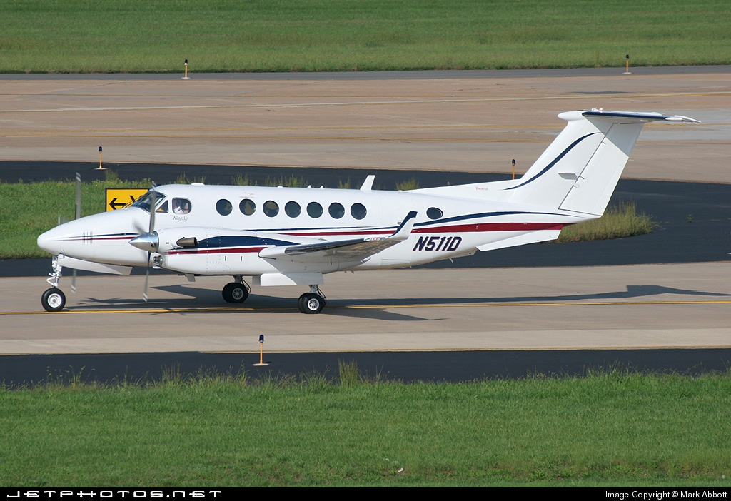 N511D - Beechcraft B300 King Air - Private