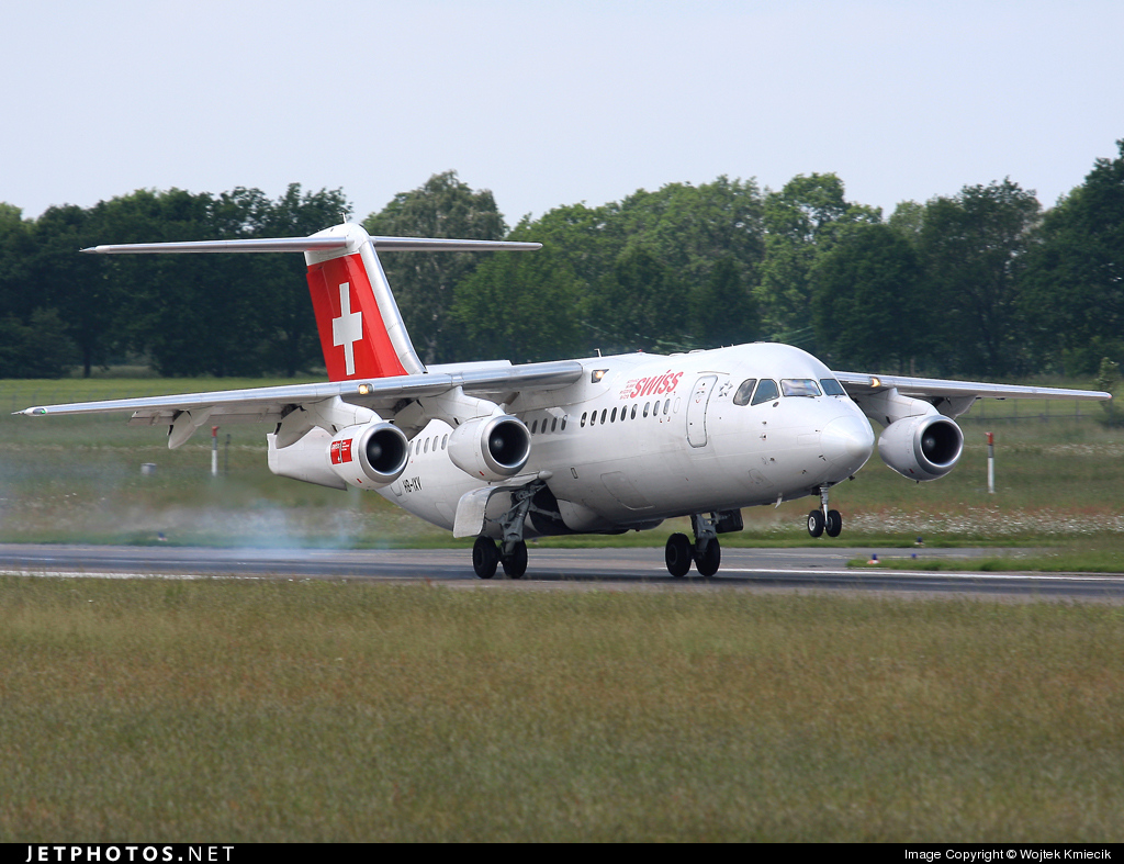 HB-IXV - British Aerospace Avro RJ100 - Swiss