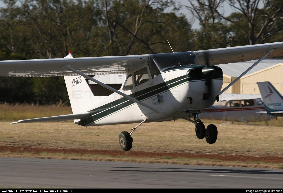 VH-DCB - Cessna 172H Skyhawk - Private