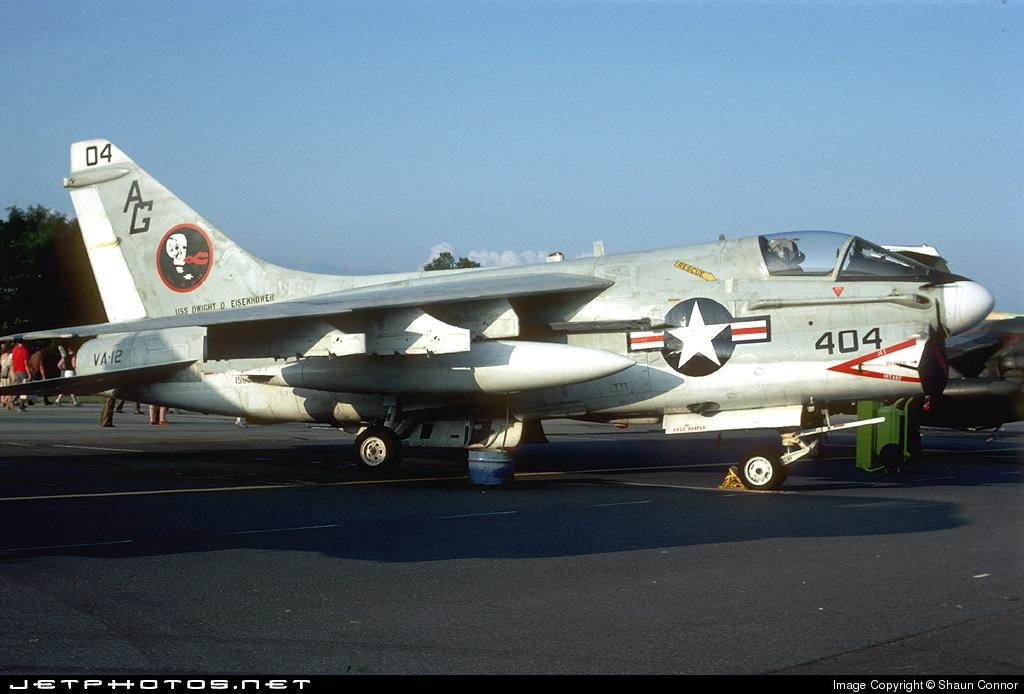 156863 - LTV A-7B Corsair II - United States - US Navy (USN)