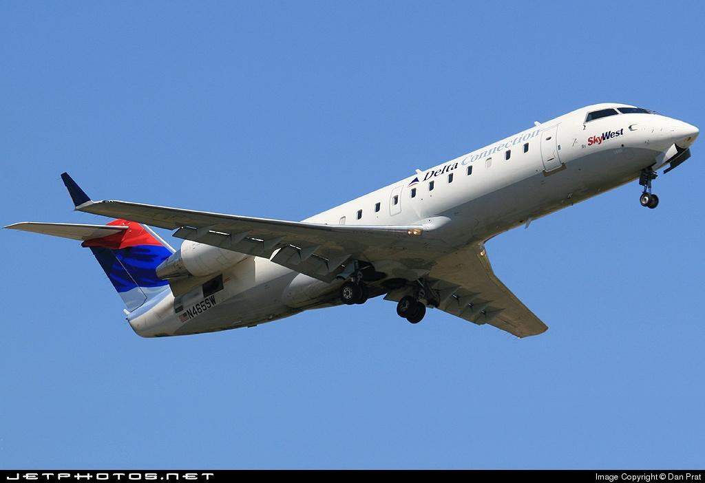 N465SW - Bombardier CRJ-200LR - Delta Connection (SkyWest Airlines)