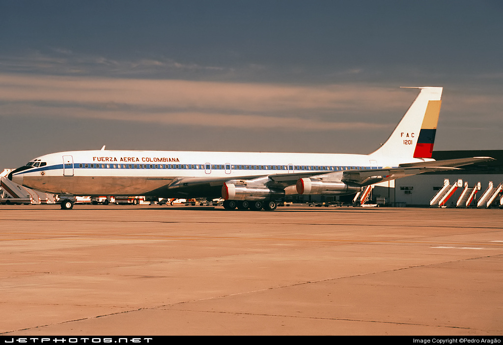 FAC1201 - Boeing 707-373C - Colombia - Air Force