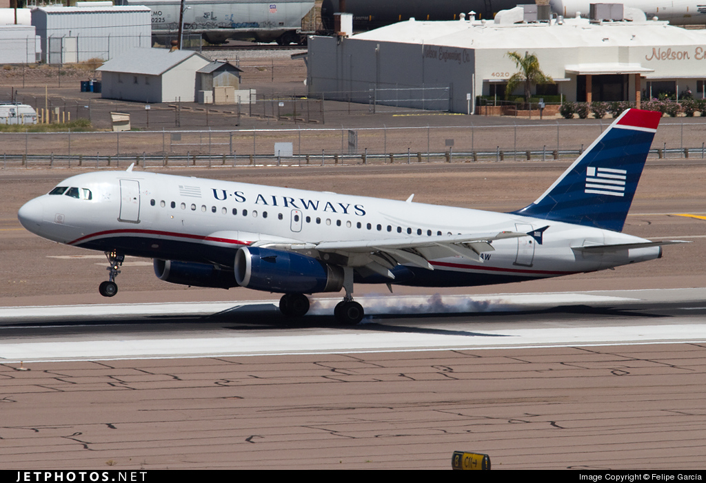 N812AW - Airbus A319-132 - US Airways