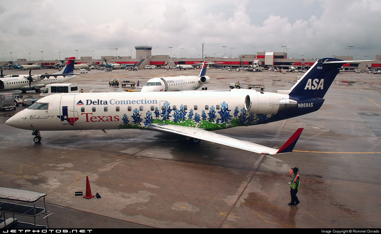 N868AS - Bombardier CRJ-200LR - Delta Connection (Atlantic Southeast Airlines)