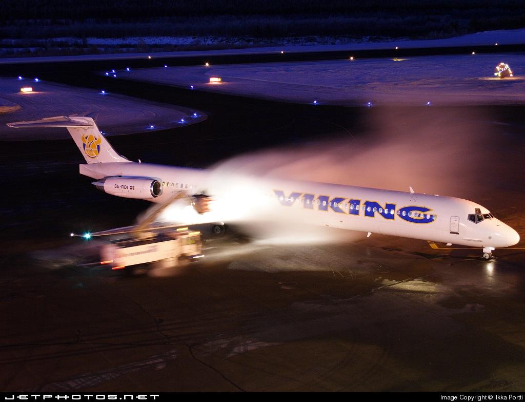 SE-RDI - McDonnell Douglas MD-83 - Viking Airlines