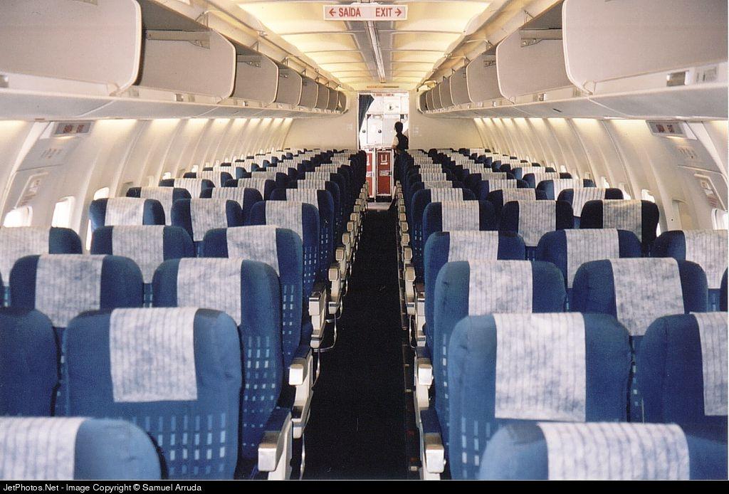 PT-MNJ - Boeing 737-33A - Varig