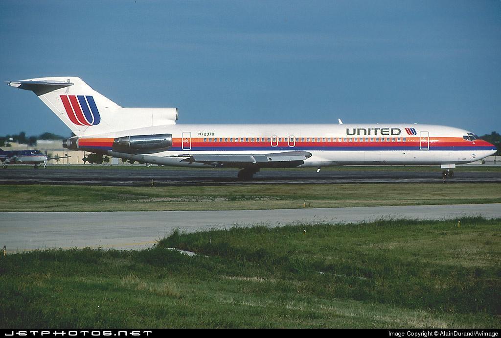 N7297U - Boeing 727-222(Adv) - United Airlines