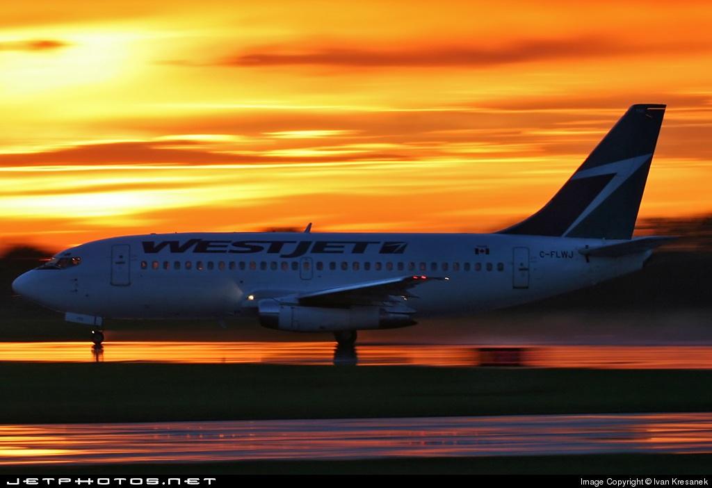 C-FLWJ - Boeing 737-2Q8(Adv) - WestJet Airlines
