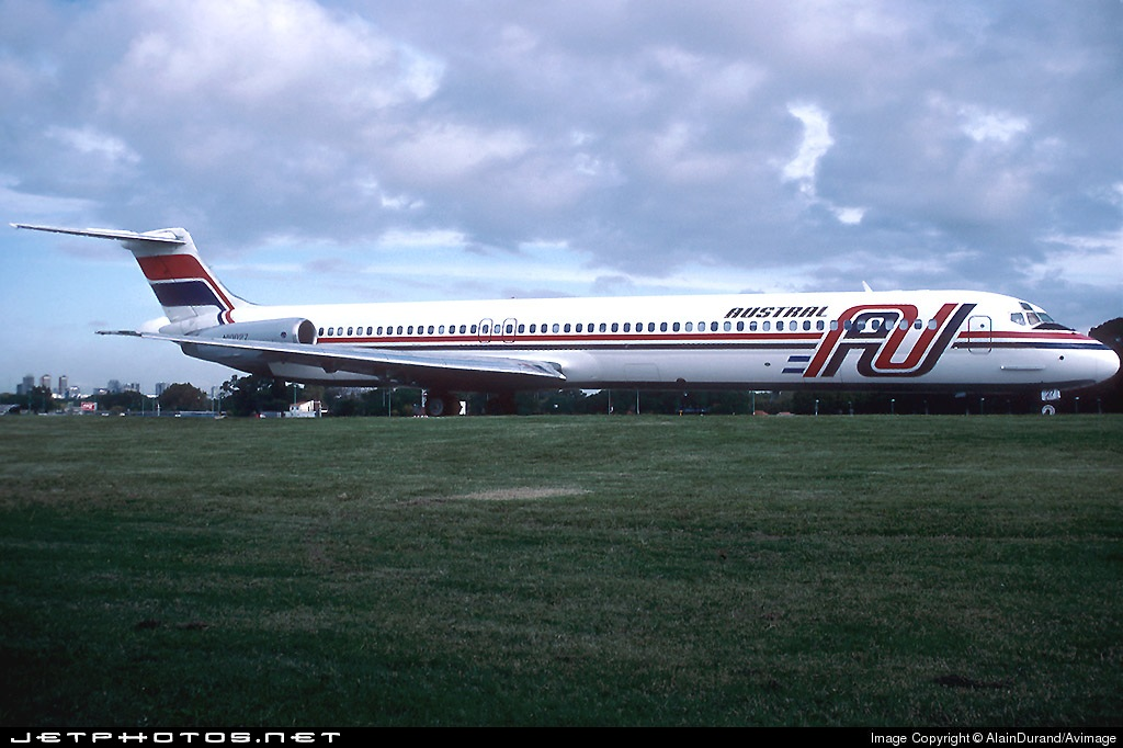N10027 - McDonnell Douglas MD-81 - Austral Líneas Aéreas