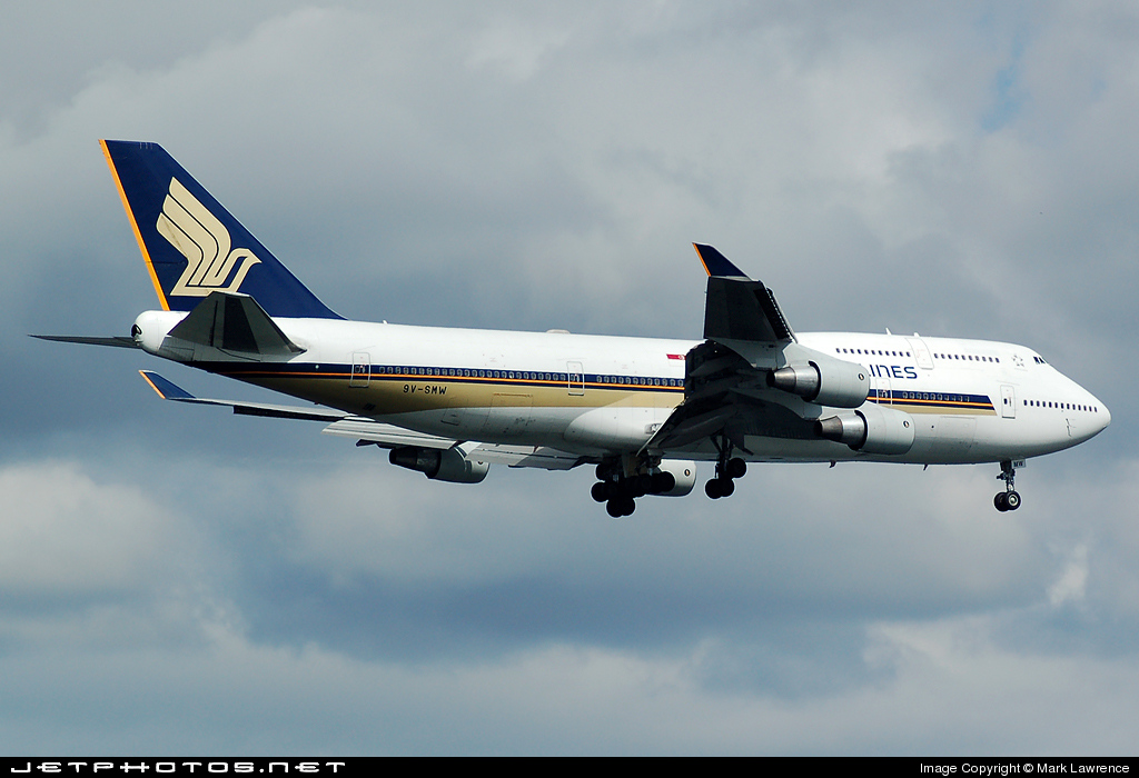 9V-SMW - Boeing 747-412 - Singapore Airlines