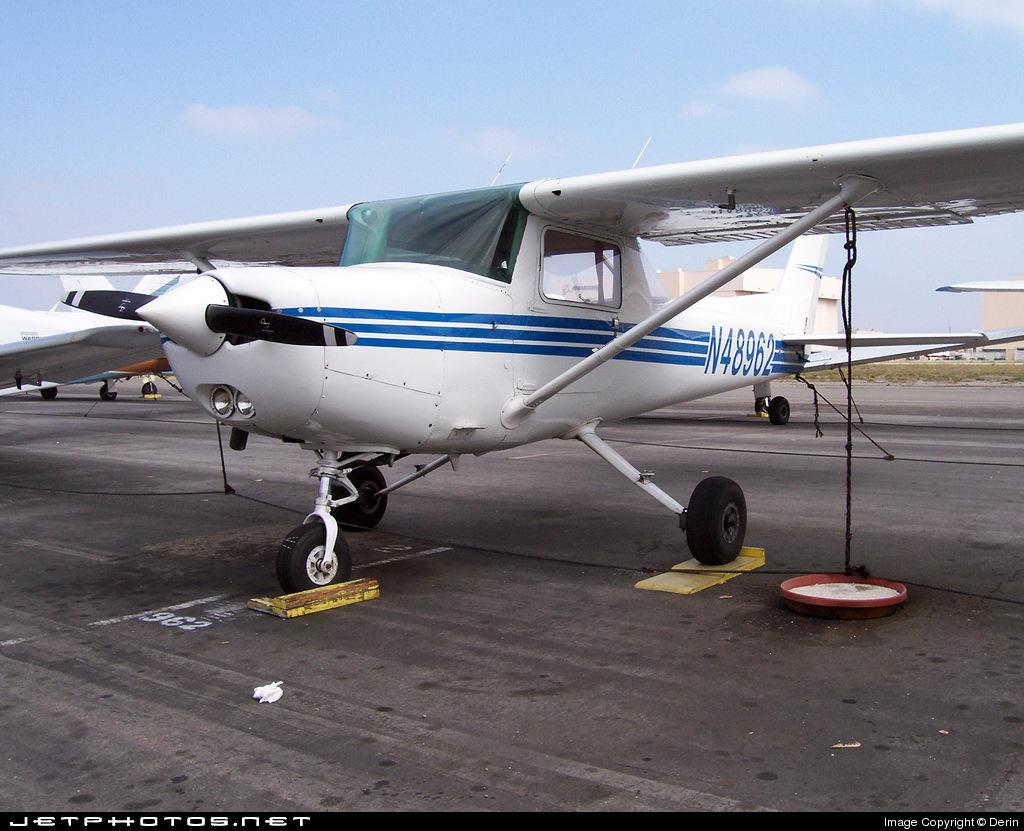 N48962 - Cessna 152 - Long Beach Flying Club
