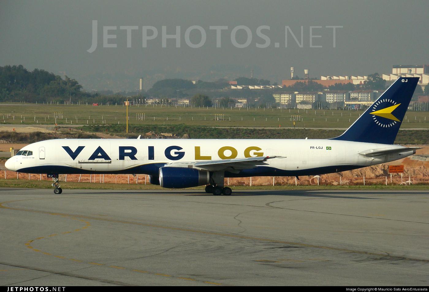 PR-LGJ - Boeing 757-225(SF) - Varig Log