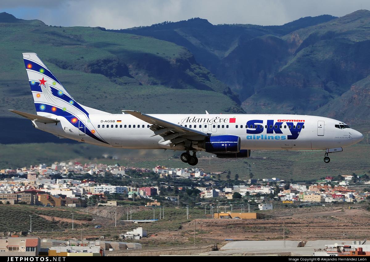 D-AGSB - Boeing 737-883 - German Sky Airlines