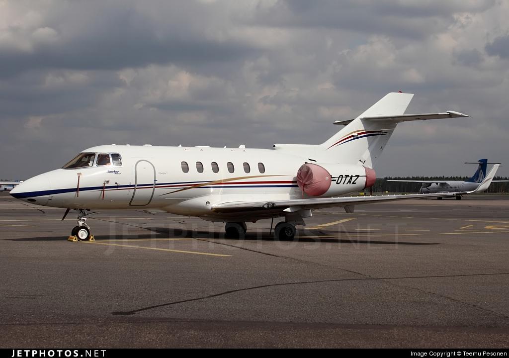 G-OTAZ - Hawker Beechcraft 900XP - Private
