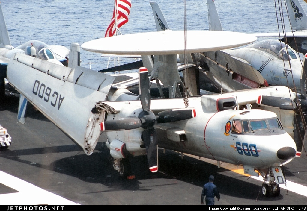 160703 - Grumman E-2C Hawkeye - United States - US Navy (USN)