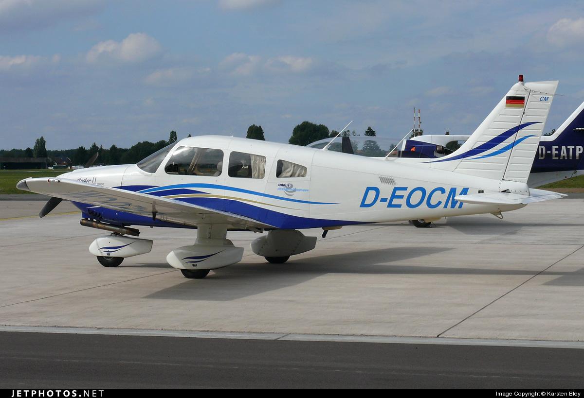 D-EOCM - Piper PA-28-181 Archer II - Private