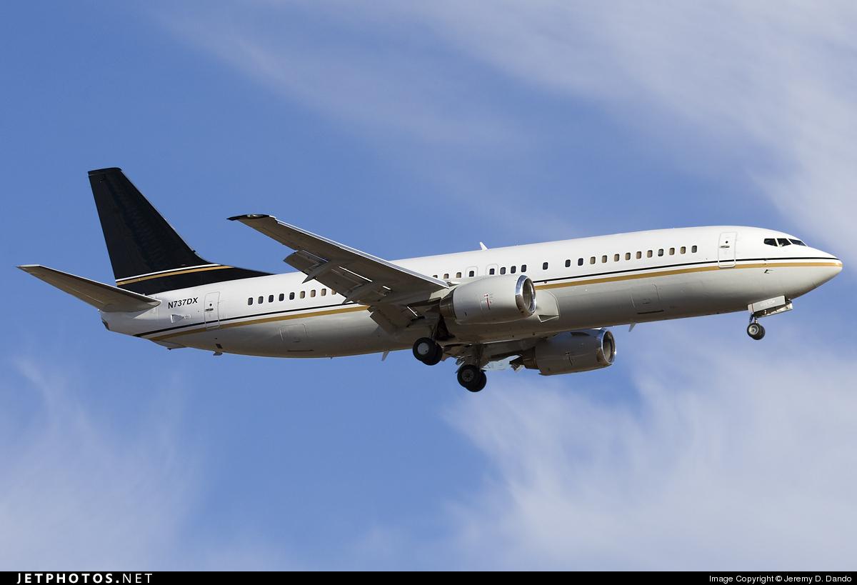 N737DX - Boeing 737-408 - Swift Air
