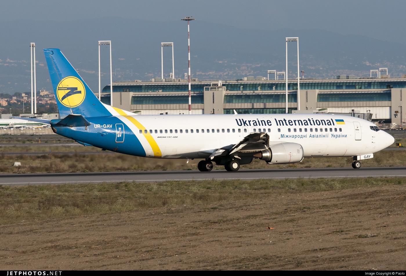 UR-GAV - Boeing 737-4C9 - Ukraine International Airlines
