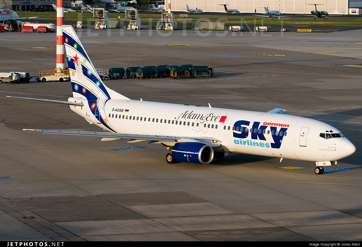 D-AGSB - Boeing 737-883 - German Sky Airlines