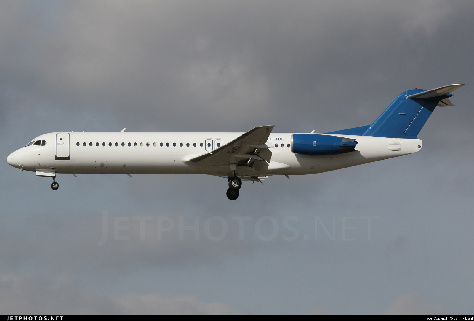 4O-AOL - Fokker 100 - Montenegro Airlines