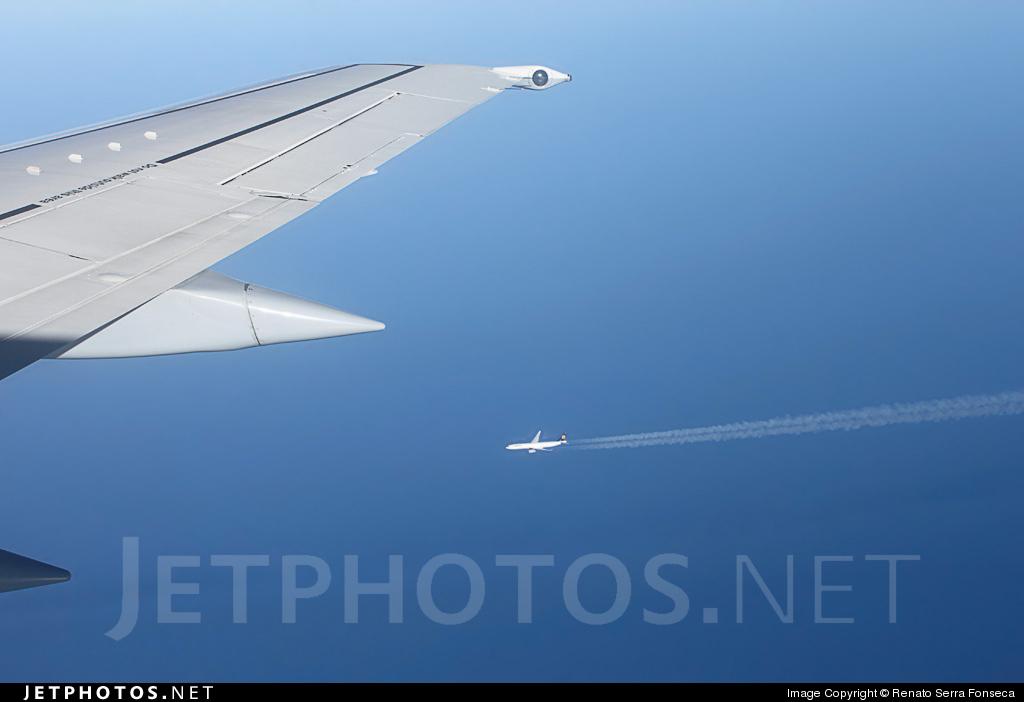 D-ABXP - Boeing 737-330 - Lufthansa