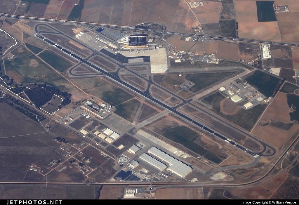 LEZL - Airport - Airport Overview