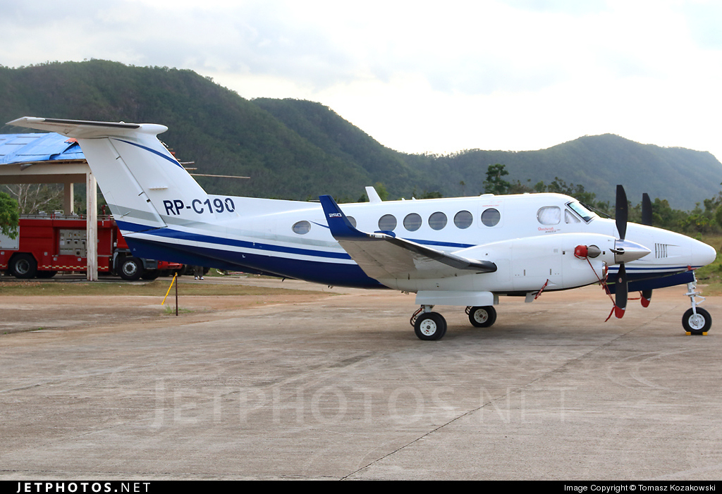 RP-C130 - Beechcraft B200GT Super King Air - Private