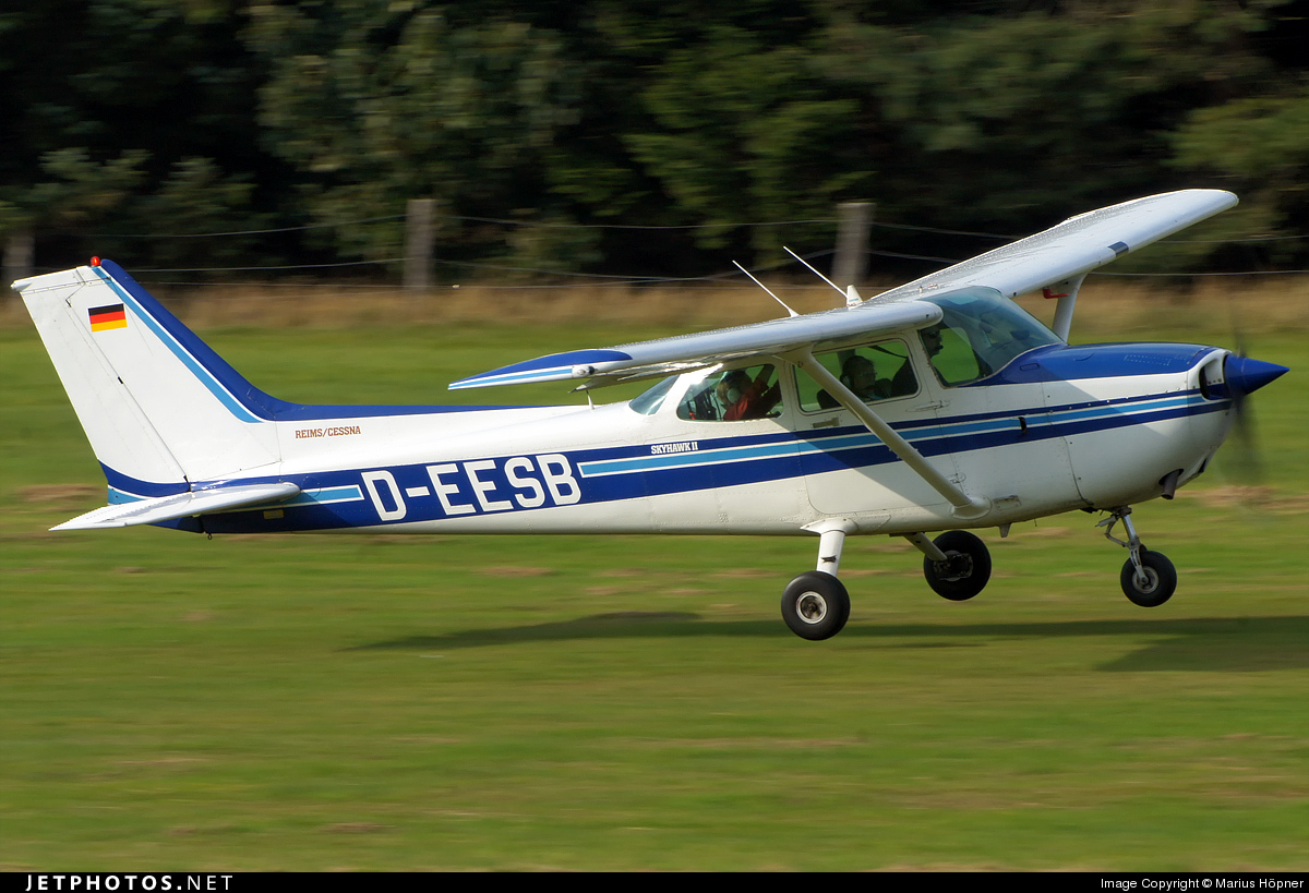 D-EESB - Cessna 172P Skyhawk II - Private