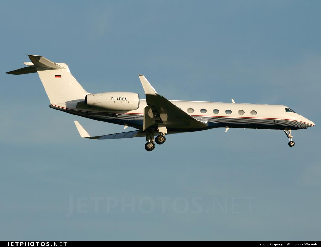 D-ADCA - Gulfstream G550 - DCA - DaimlerChrysler Aviation