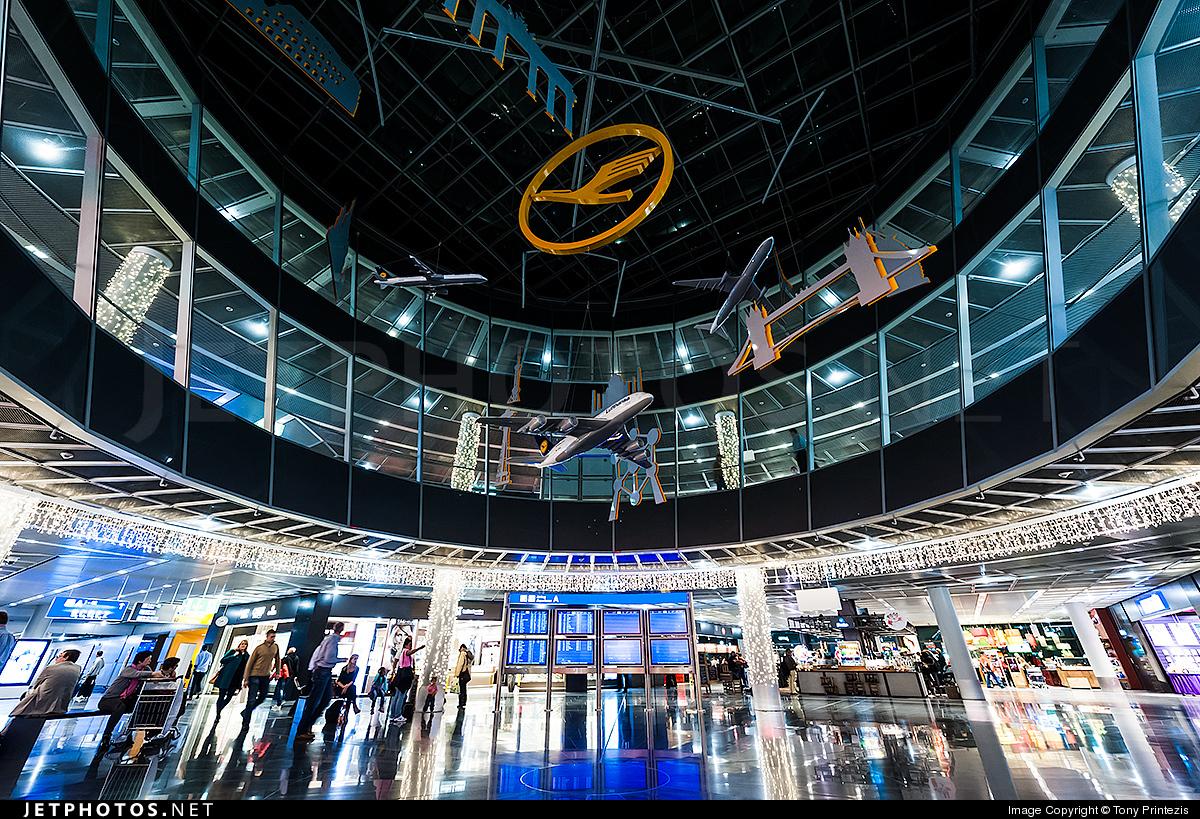 EDDF - Airport - Terminal