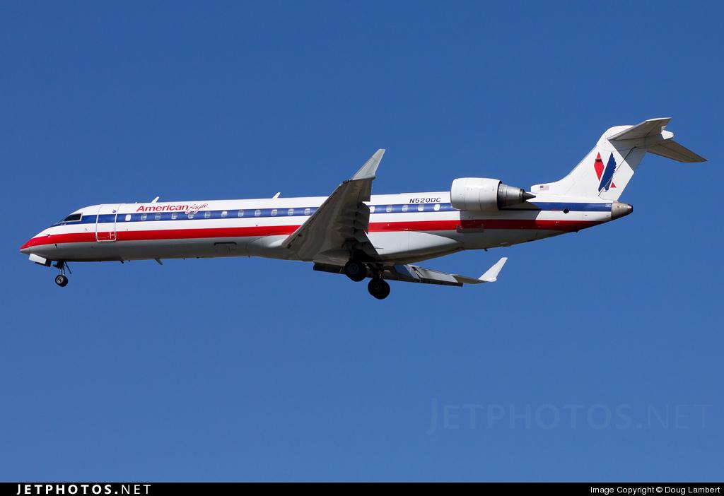 N520DC - Bombardier CRJ-701 - American Eagle