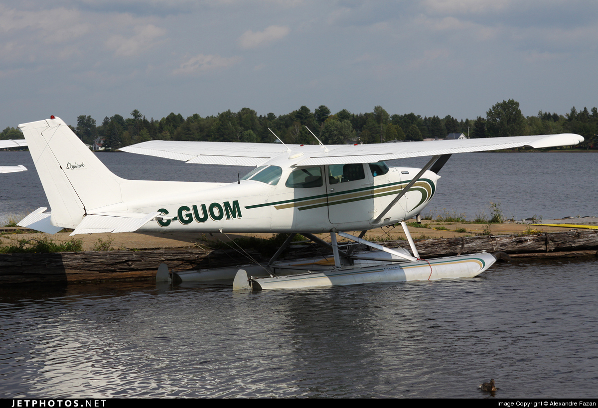 C-GUOM - Cessna 172N Skyhawk II - Private