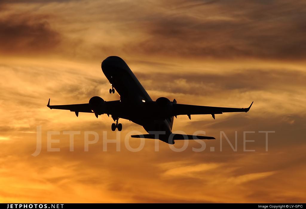 LV-CIE - Embraer 190-100IGW - Austral Líneas Aéreas