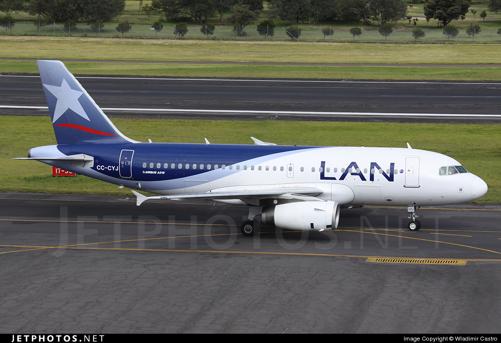 CC-CYJ - Airbus A319-132 - LAN Airlines