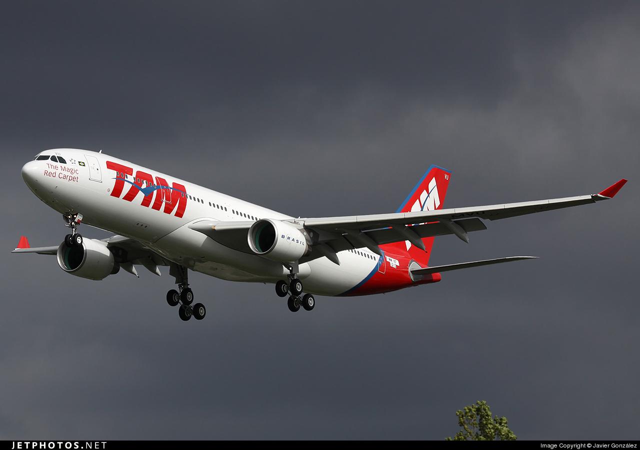F-WWKF - Airbus A330-223 - TAM Linhas Aéreas